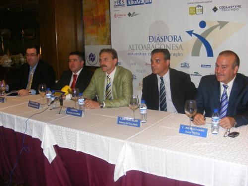 IMAGEN DEL DIARIO DEL ALTO ARAGON-JAVIER MORACHO PRESIDIENDO LA MESA